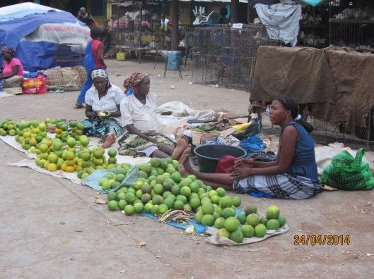 Venta de verduras. Mercado de Xai Xai